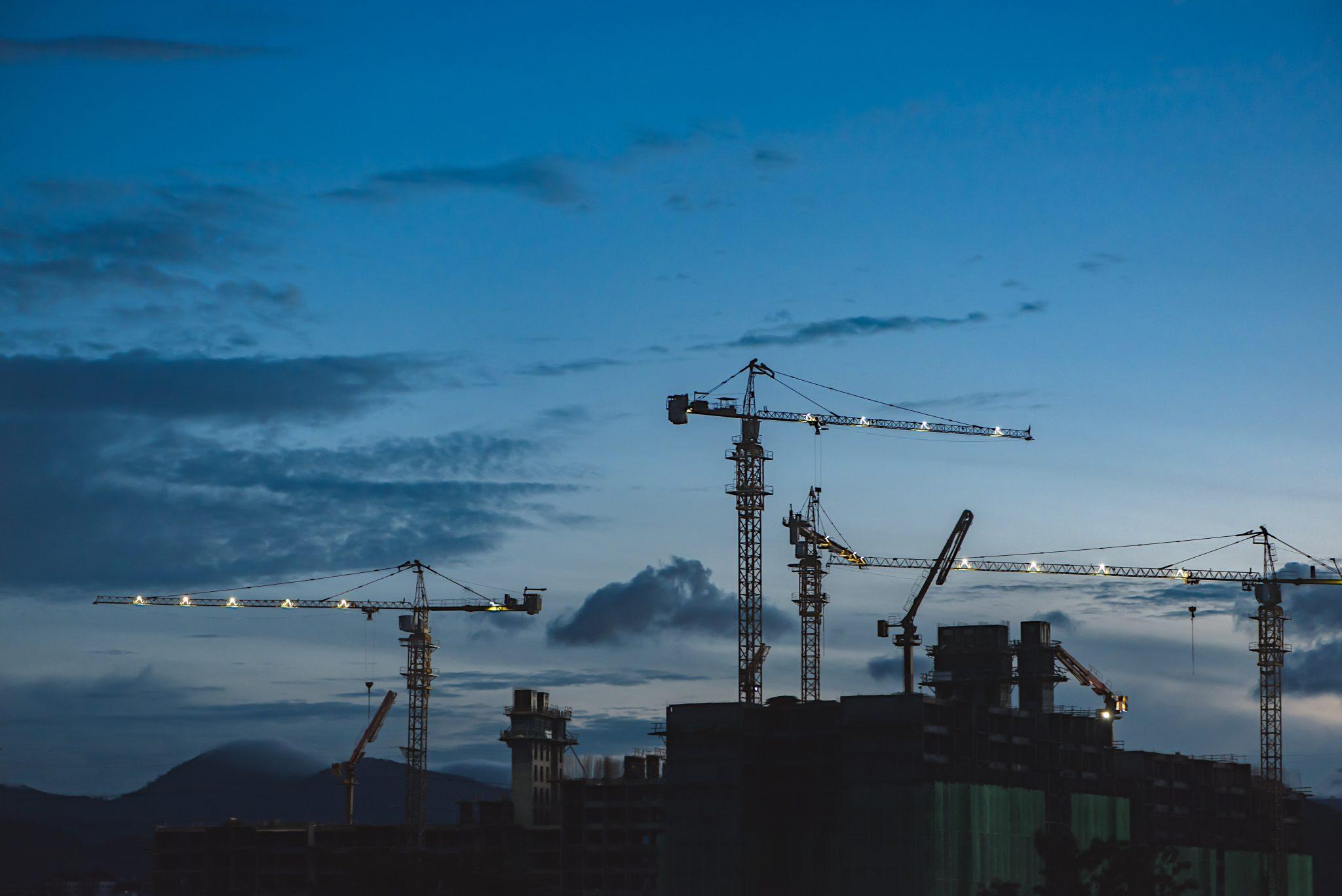 inversiones-inmobiliarias-gruas-contruccion